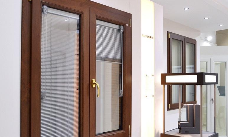 Eterma vetri per finestre a catanzaro - Vetri decorati per finestre ...
