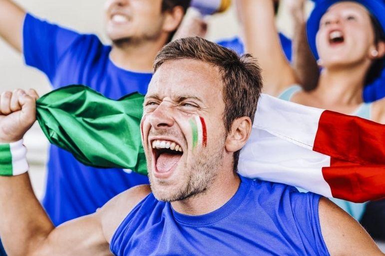 festeggiamenti dei tifosi azzurri